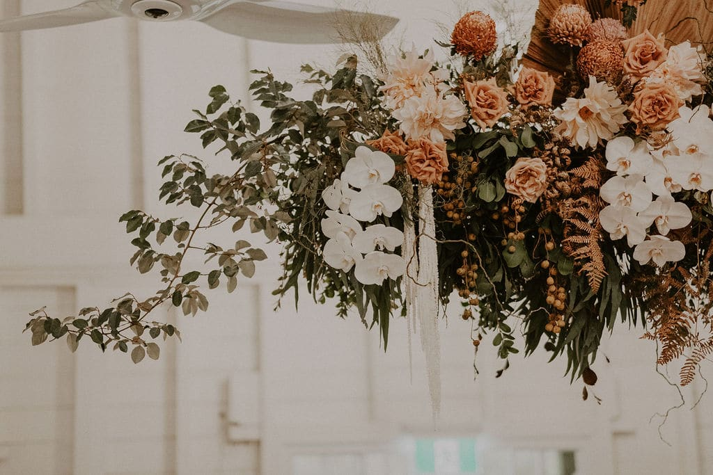 Boho floral palette by wedding stylist Rainy Sunday